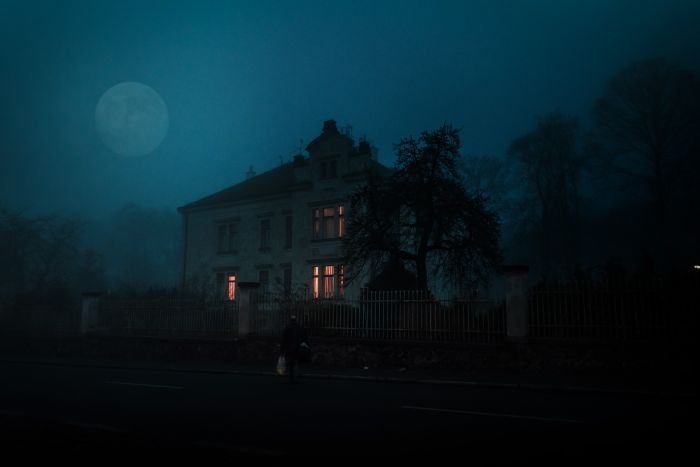 spooky looking house