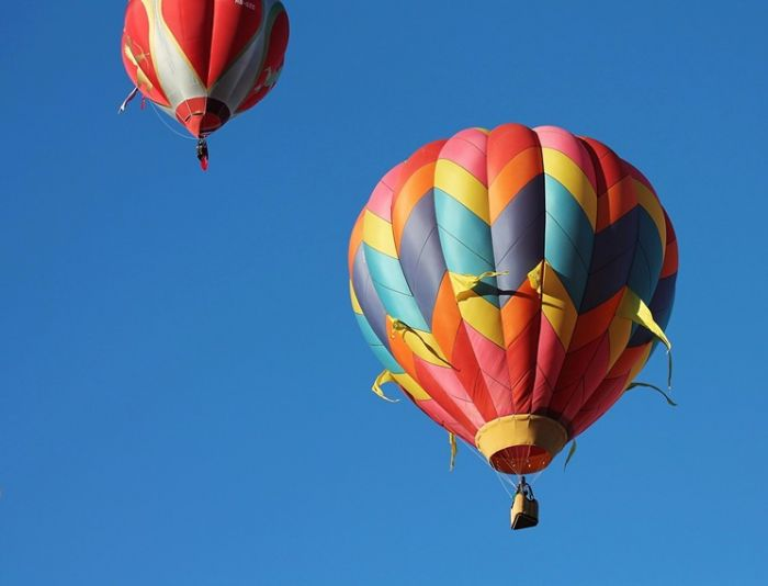two air balloons